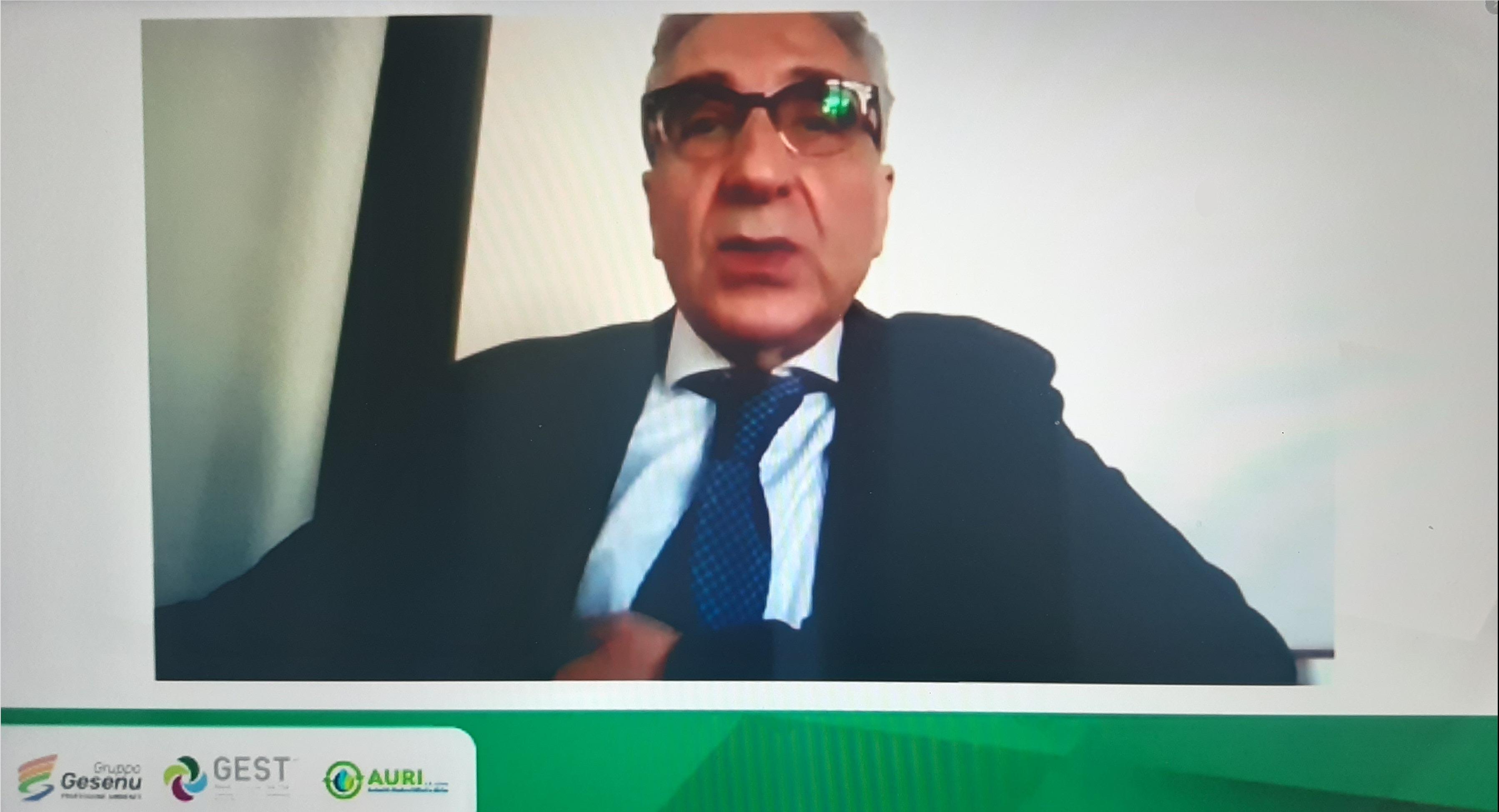 Gaetano Drosi durante il webinar di Gesenu